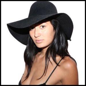 Accessories - Boho chic 100% wool wide brim floppy panama hat